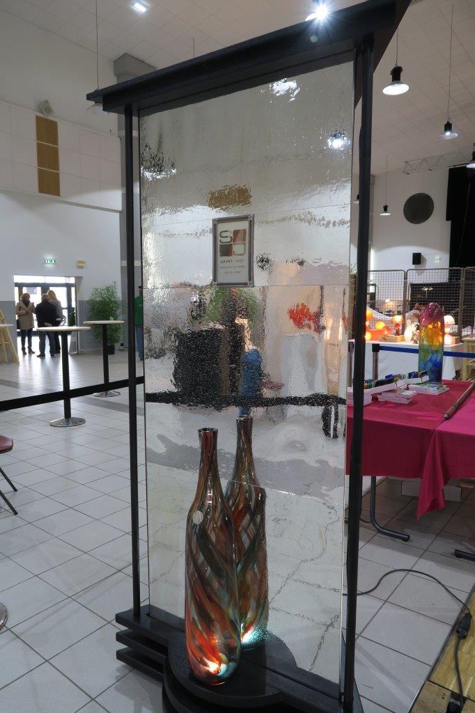 Totem conçu par les Amis du Vieux St Just St Rambert pour la verrerie de St Just face 3