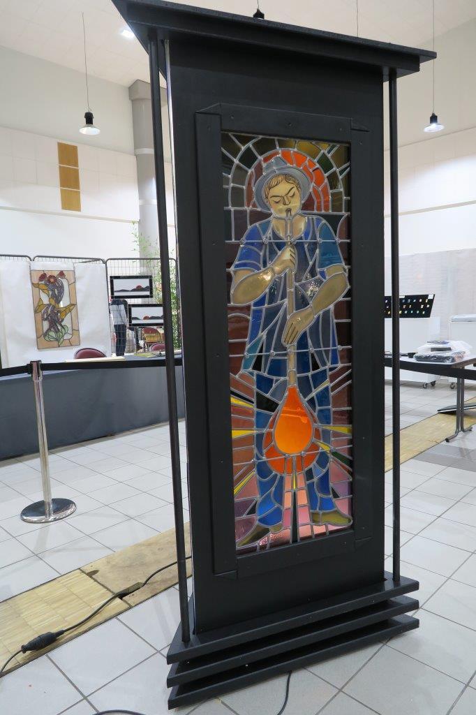Totem conçu par les Amis du Vieux St Just St Rambert pour la verrerie de St Just face 2