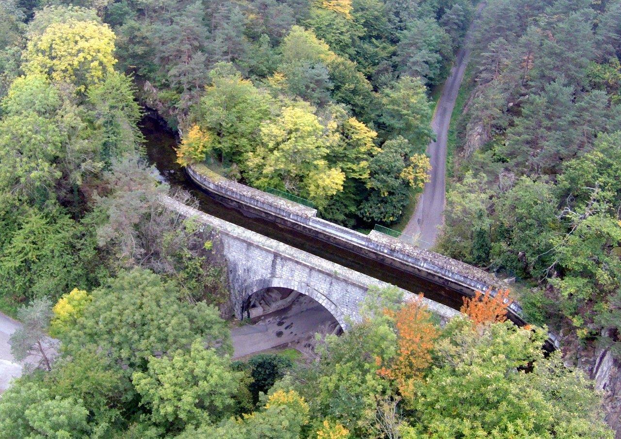 Le pont-canal à Malval-Grangent(Drone)